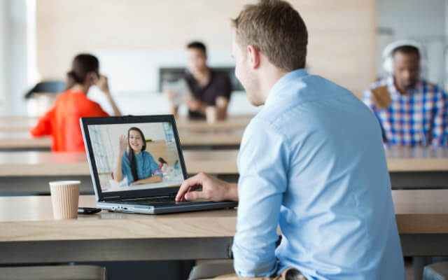 Teleconference: save time, money and reduce your CO2 emissions