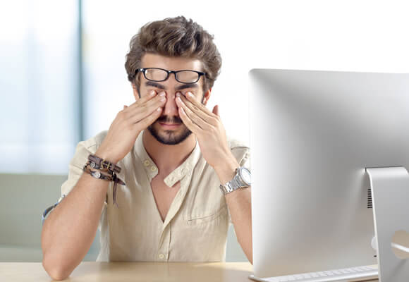 Five great tips to protect your eyes from your screen(s)