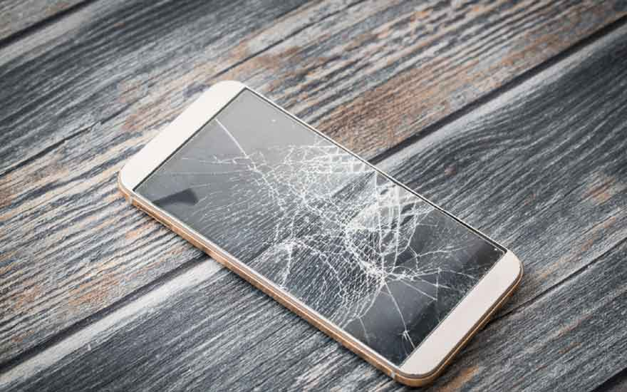 What do you do if your phone screen breaks? The right things to do in 6 steps.