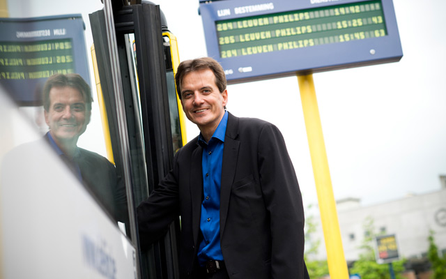 Bus and tram depend on mobile communication